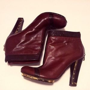 BCBG MAXAZRIA Ankle Boots Size 8.5